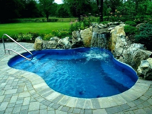 Swimming Pool & Fountain